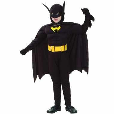 Bat held kostuum een kind carnaval