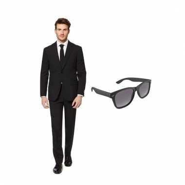 Verkleed zwart net heren kostuum maat (l) gratis zonnebril carnaval